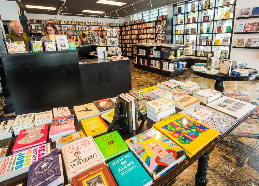 Books & Books-112